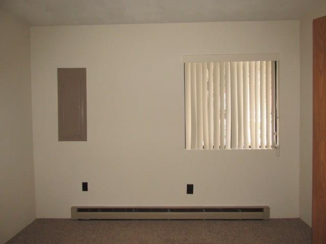572 Laurel Court 3