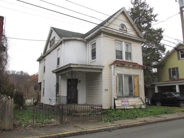 134 2nd Street listing