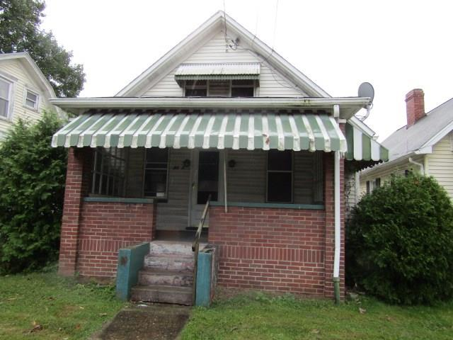 4387 Latrobe Street listing