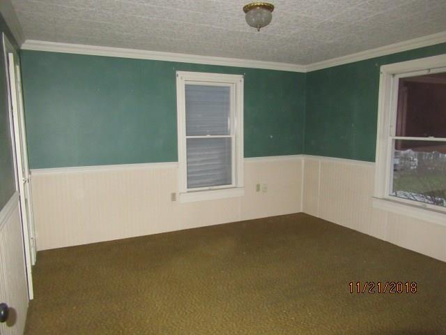 628 Painter Street 8