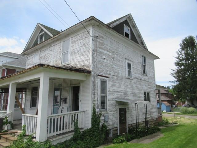 384 W Race Street 6