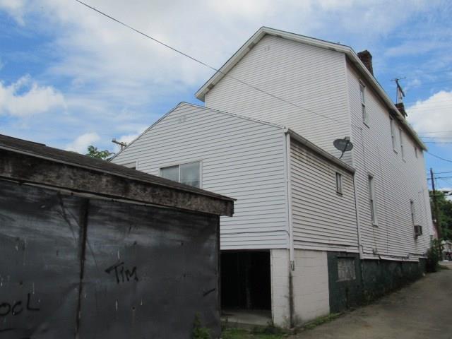 1310 Penn Avenue 5