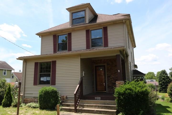1122 Oak Street 2