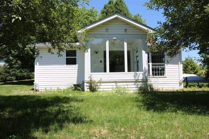 120 Pershing Avenue listing
