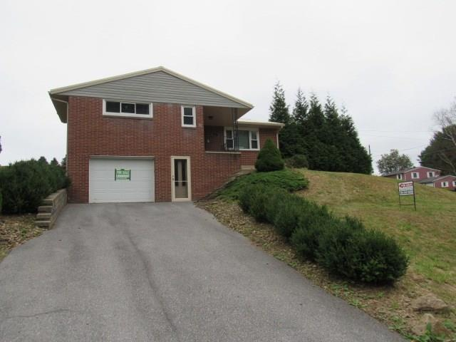 424 Woodmont Road listing