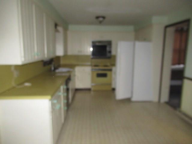 209 N Spring Street 14