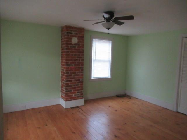 209 N Spring Street 11